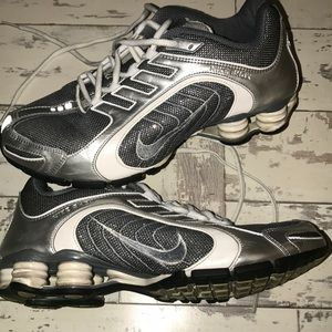 Nike shox in sparkle silver